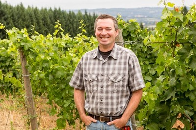 Vineyard Consultant Evan Bellingar